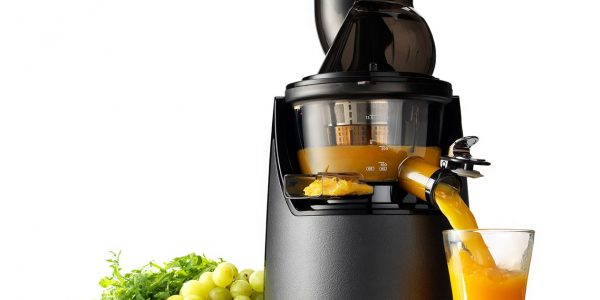 EVO820 Kuvings Whole Cold Press Juicer